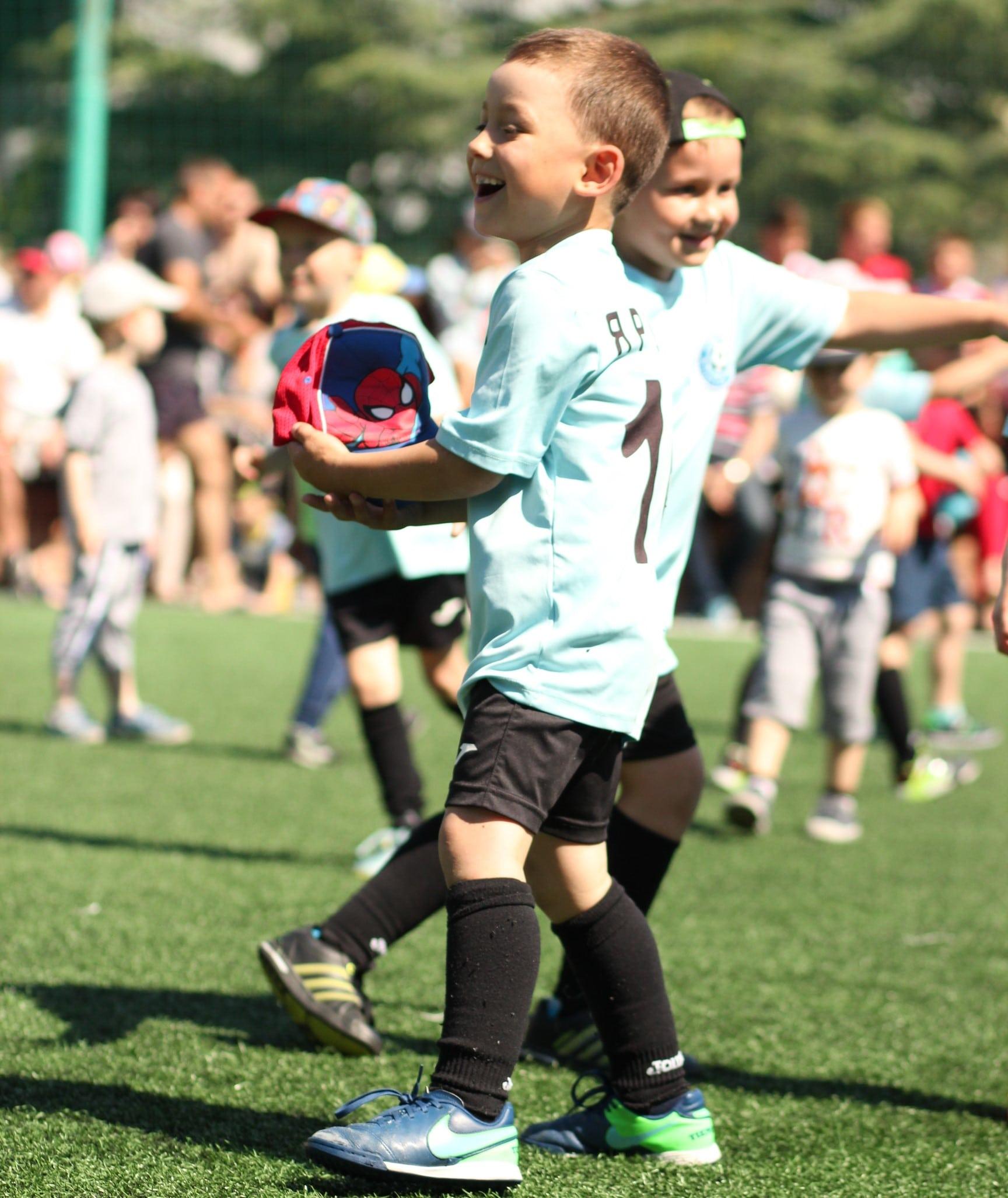 Фото детей из футбольной секции